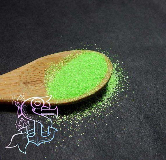 Glitter neon resistenti ai solventi 0.2mm - 4gr GREEN nail art, ricostruzione unghie, resina trasparente, arcobaleno, materiale creativo