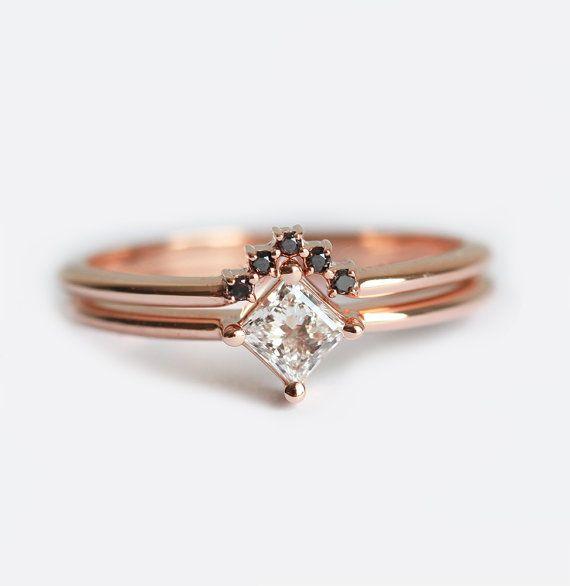Anillo de diamante delicado Set anillo de compromiso por MinimalVS