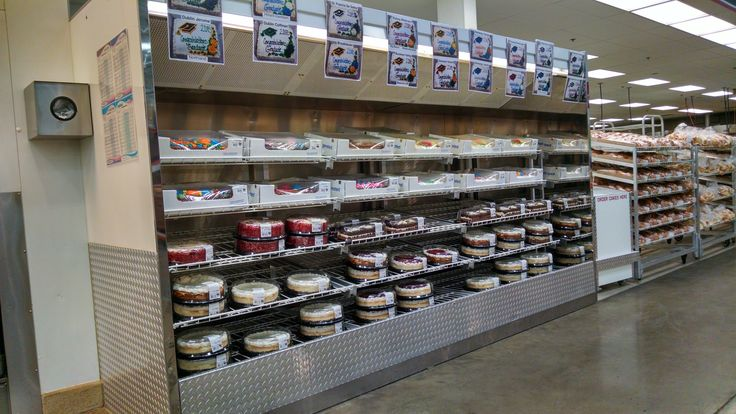 Costco Bakery Cake Selection 1 2 Sheet 18 99 A Party