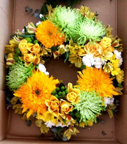 Anzac Day wreath using green and gold