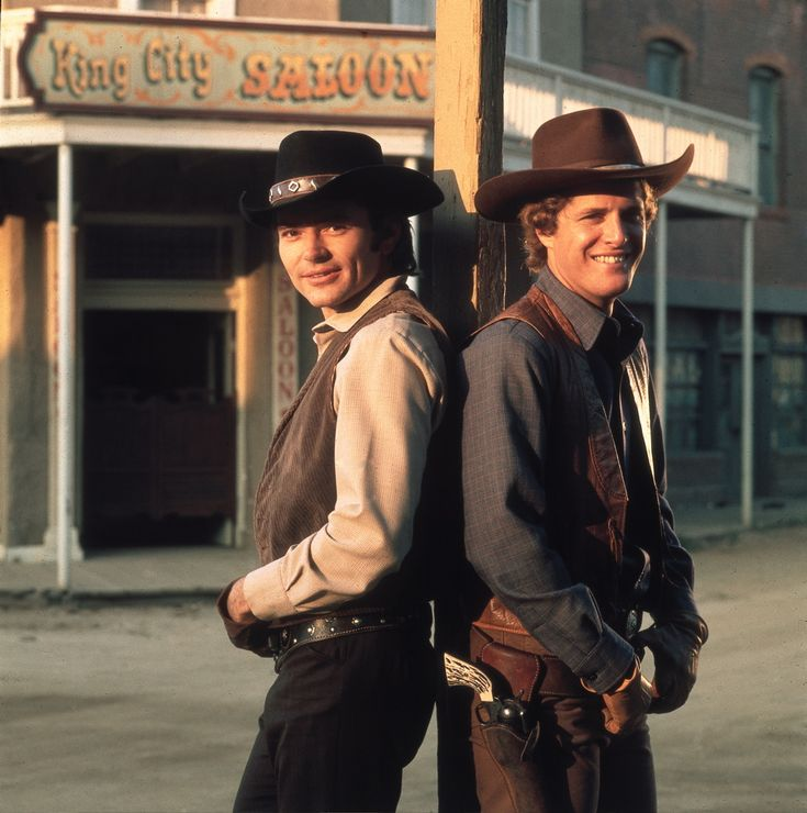 Pete Duel and Ben Murphy as Hannibal Hayes and Kid Curry on  Alias Smith and Jones