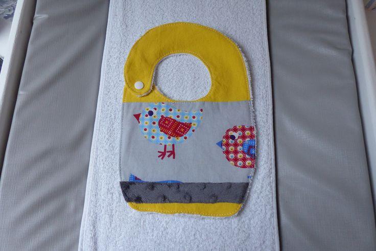 Bavoir naissance jaune/gris motif oiseau : Mode Bébé par choujunior