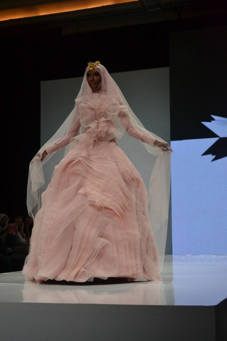 wedding gown by Hauri Collezione