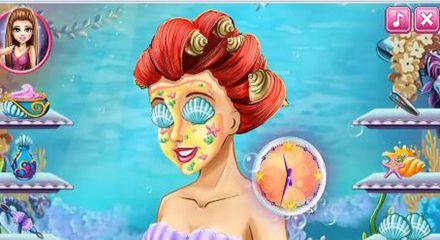 Prenses Ariel Gerçek Makyaj Yapma Oyunu  Küçük denizkızı Ariel sonunda prens ile evlenmeye karar verdi ve düğününde çok güzel olmak istiyor. Kendisine önce cilt tedavi eden kremlerle yüz temizliği ve bakımı yaparak...........