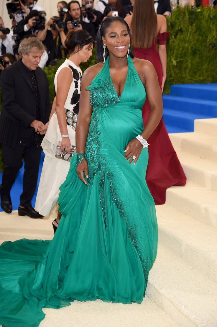 Gorgeous!! Pregnant Serena Williams All Smiles With Her Growing Baby Bump As She Steps Out With Fiance To MetGala 2017... - How Nigeria News