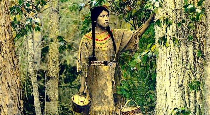 """Een Man Vindt Gekleurde Foto""""s Van 100 Jaar Geleden: Zie Hier Amerikaanse Indianen Zoals Nooit Tevoren"""