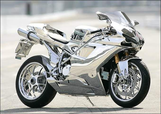 Lord have mercy I luv this chrome ducati #Chrome #VinylWraps #Rvinyl ***Use Code CHROME for 25% Off Until 11.11.14 at http://www.rvinyl.com/Chrome-Vinyl-Film-Wraps.htm***