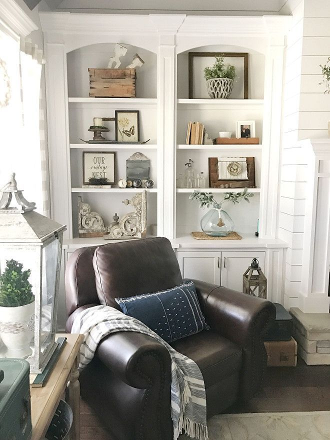 If I put my 2 white cabinets together they will look something like this!  I like it!