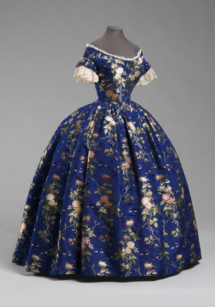 Woman's Dress: Bodice, Skirt and Underbodice Artist/maker unknown, American Date: c. 1850 Silk brocade, cotton/linen lace