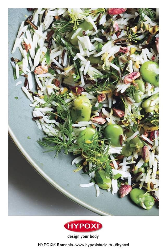 Azi va propunem o reteta sanatoasa si rapid de preparat: salata de orez cu boabe si fistic. Pofta buna! #Hypoxi #HealthySkin #bonappetitmag