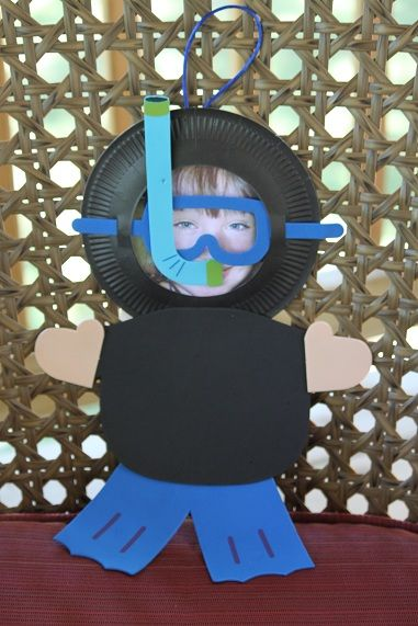 From: Our Crafts ~N~ Things; super cute scuba diver craft activity for kids using a picture of their own face! How fun would that be?