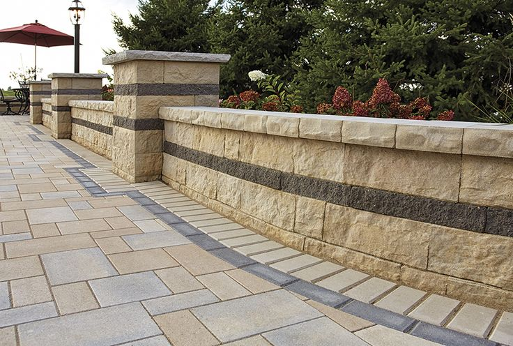 The Matiz™ multi-piece wall system, with the beautifully uneven surface of quarried limestone is an ideal choice to set off the most challenging designs. The Matiz™ wall is available for use as both a retaining or free-standing wall product. Matching coping and wall end units complete every project perfectly every time.