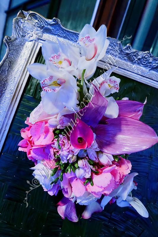 Orchid arrangement for restaurant / Orchideen fur Restaurant / Orchid arrangement pour le restaurant  / Aranjament orhidee restaurant