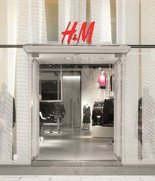 The Singapore H & M store at Orchard Road.  To go there from Riverview Hotel, take bus 123 from the bus-stop outside the hotel & alight at the 7th bus-stop opposite *scape next to Cineleisure Orchard. The store is just opposite Cineleisure. #shopping