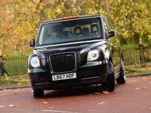Meter glitch halts new London black cab rollout