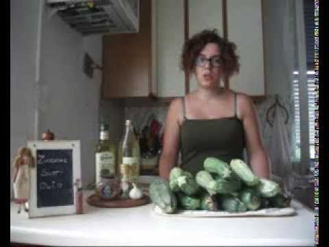 Zucchine Sott'olio - YouTube
