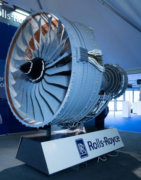 Lego Rolls-Royce Trent 1000 is world's first functional jet engine modeled from Lego bricks