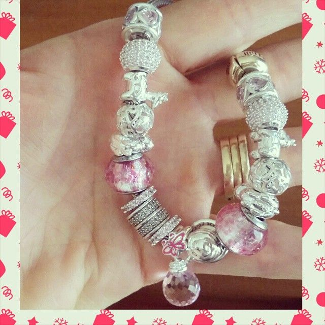 Finished for Christmas. #emmaandroe #michaelhilljeweller #michaelhilljewellers #michaelhill #charming #silverandpink #silver #pink #charm #PhotoGrid