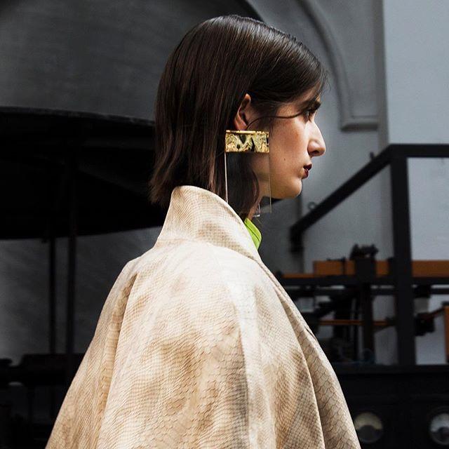 @bloomportugalfashion @portugalfashion #portugalfashion - Modatex - OPIAR S/S 18 #jewellerydesign by @joaoazeredojewellery  #model: @dear.helena