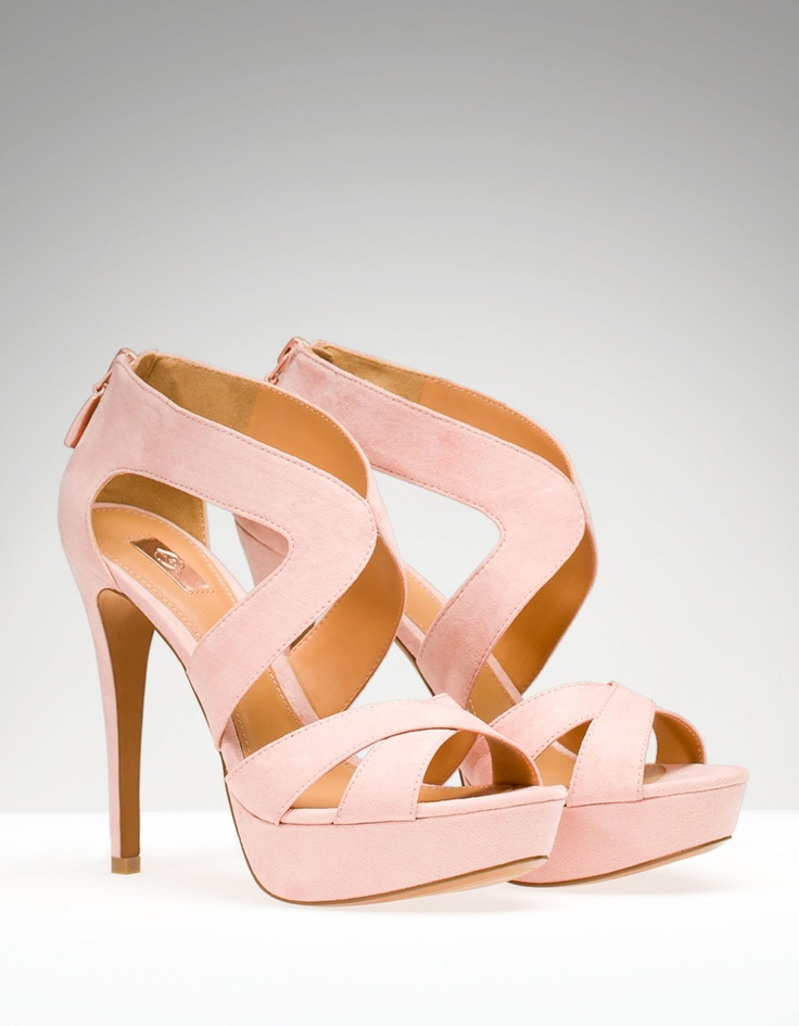 Cute! Already have a similar pair in black and coral but can't ever have enough shoes regardless