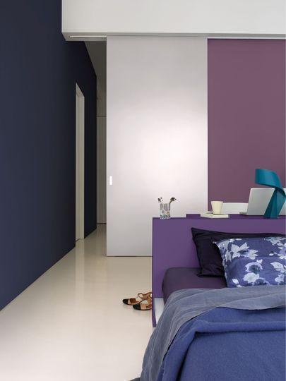 Une peinture violette pour une chambre reposante - Peinture : 12 couleurs foncées craquantes - CôtéMaison.fr