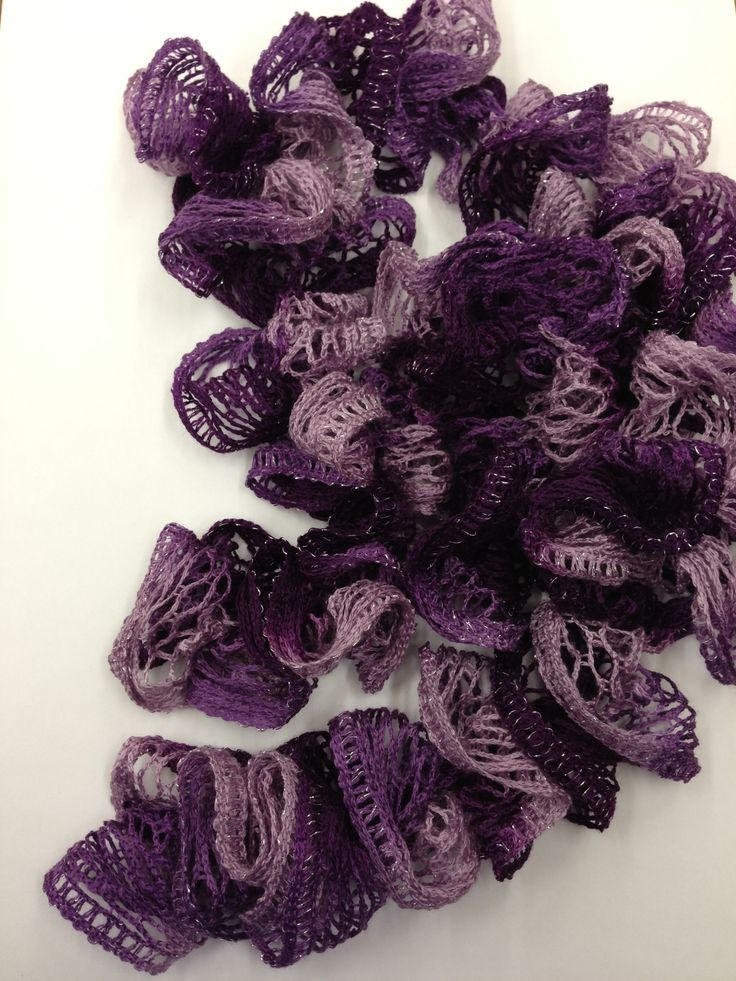 How to Make a Crocheted Ruffle Scarf