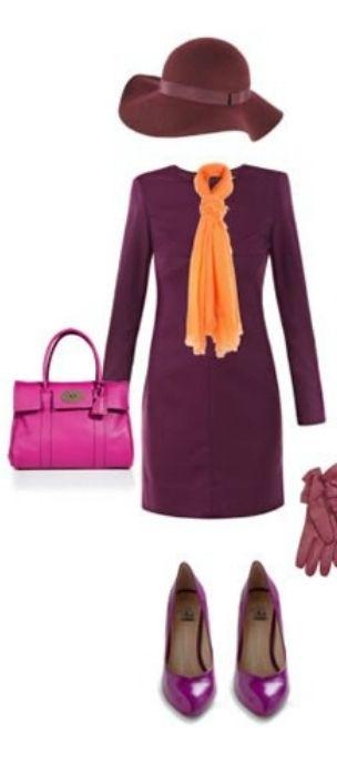 Фиолетовое пальто, оранжевый шарф, красные перчатки, черные резиновые сапоги