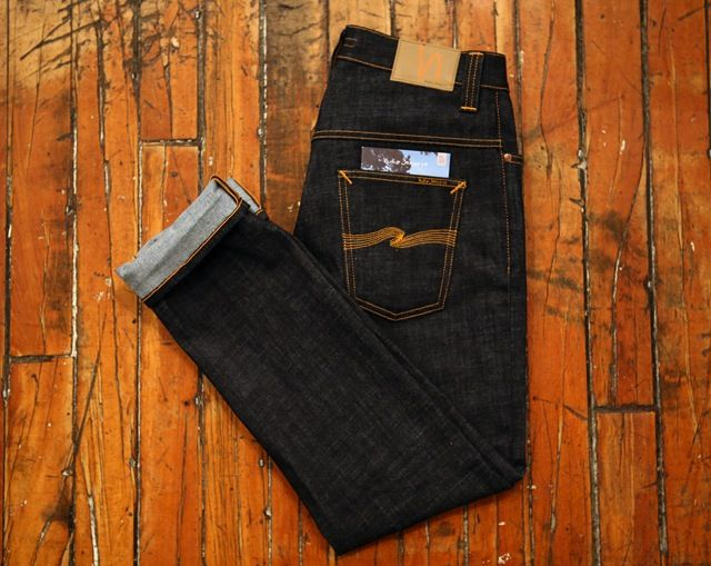 Raw Jeans For Women Raw Denim for women has always been a bit of a talking point, purely because of the amount of times you have to wear the same pair of jeans without washing them. Raw jeans are m...