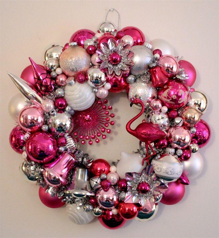 Flamingo Christmas Decorations: 58 Best Flamingo Christmas Images On Pinterest