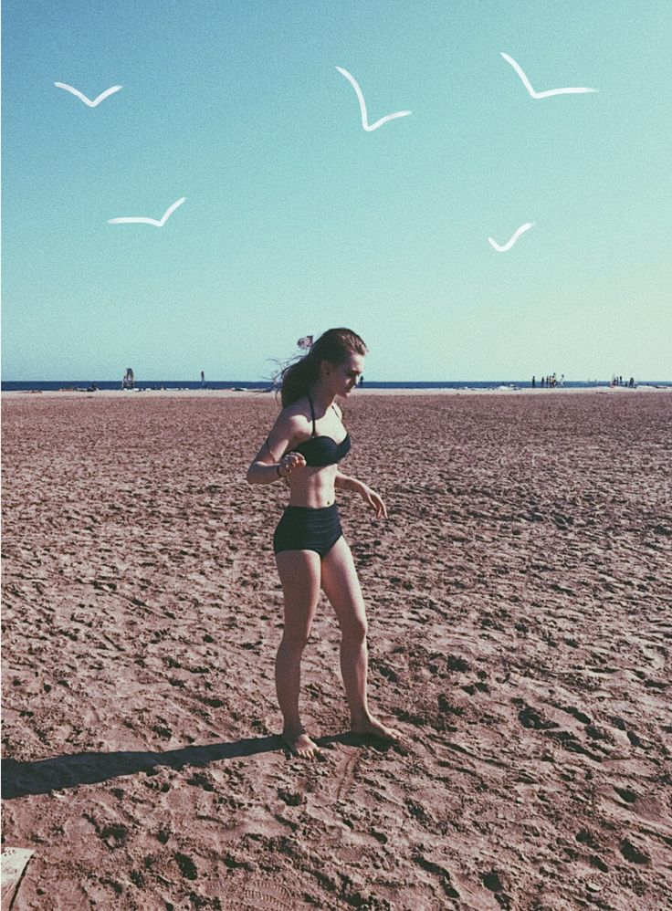 #beach #swimsuit #песок #море #sun #body #sport #swim #paint #birds #sportive