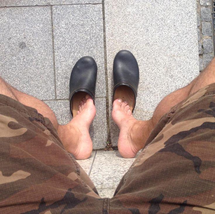"12 Likes, 4 Comments - Berkemannberlin (@berkemannberlin) on Instagram: ""#barefeet #barfuss #barfussinclogs #gevavi #schwedenclogs #swedishclogs #woodenshoes #hollandclogs…"""