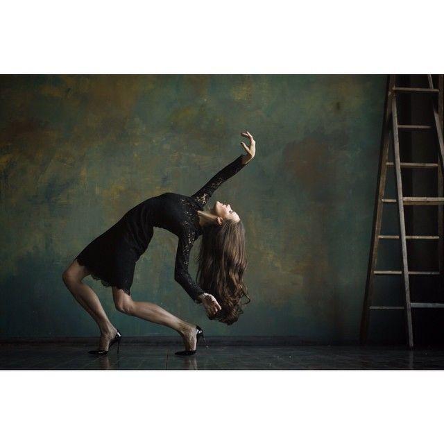 katyakravc #Abashova #balletpost #balletphotos #balletspirit #balletphotography #quote #kravc #kraftballet Что есть тело для танцора? Это проявление всей его души. / А.Дункан https://www.instagram.com/p/vBpi9egNWQ/