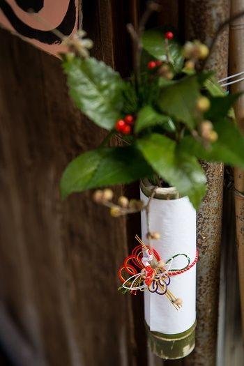 特に決まりはありませんが、元日から3日まで、もしくは門松やしめ縄を飾る期間である「松の内」の7日まで、というのが一般的です。