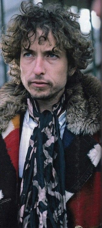 "Bob Dylan ☀ in ♊ - ""No one is free, even the birds are chained to the sky."" - Bob Dylan #Gemini"
