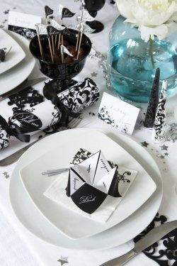 Black and white Elegant style
