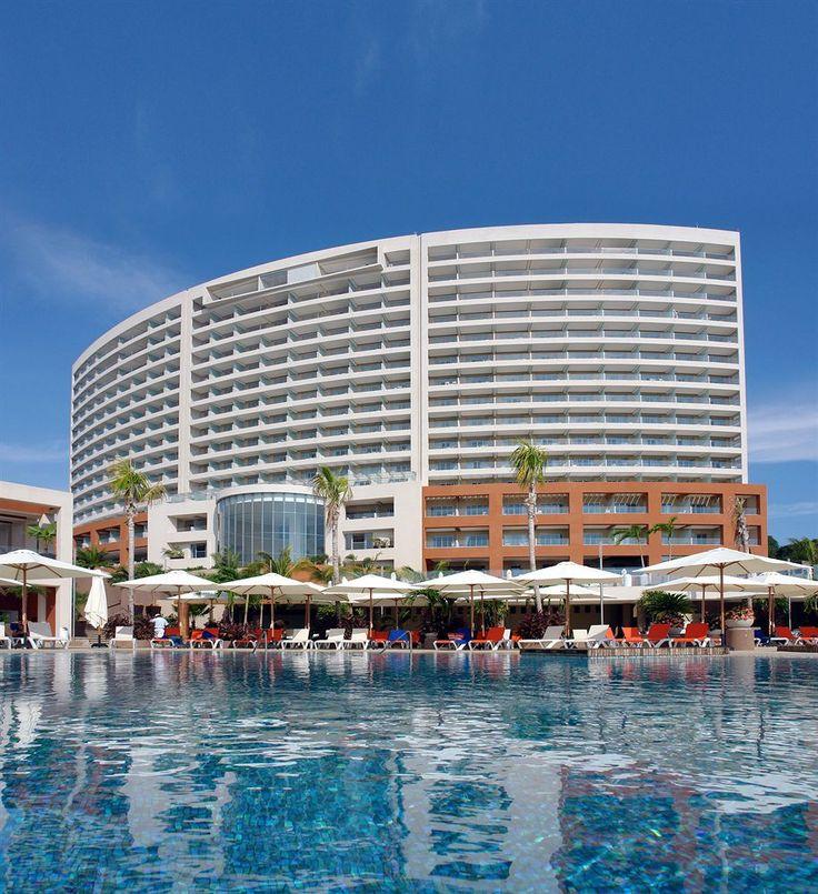 Reserva con la mejor tarifa solo en Tourismundo. Hotel Azul Ixtapa Grand 5*