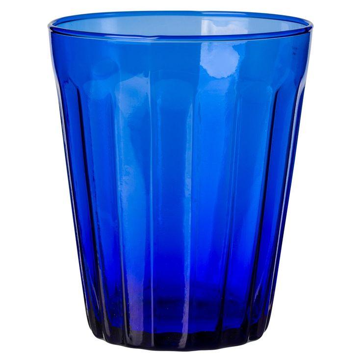 La+collection+de+verres+à+eau+Lucca+d'inspiration+vintage+imaginée+par+Bitossi+Home,+apportera+grâce+à+ses+couleurs+vives+une+touche+de+fraicheur+à+votre+table.  Conçue+en+Italie,+la+gamme+est+fabriquée+à+partir+de+verre+recyclé+et+est+disponible+dans+une+large+gamme+de+couleurs.