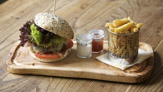 Burger & Relish: love the design of the board and french fries holder