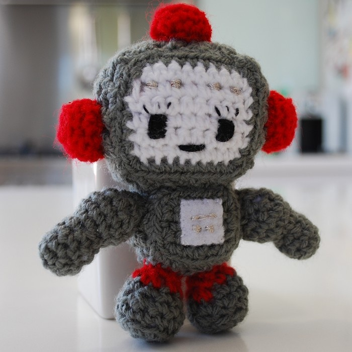 Amigurumi Robot Crochet Patterns : 17 Best images about Amigurumi - Robots on Pinterest ...