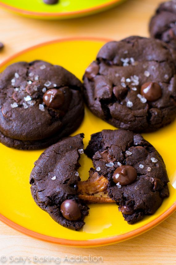 An easy recipe for dark chocolate cookies with salted caramel inside.