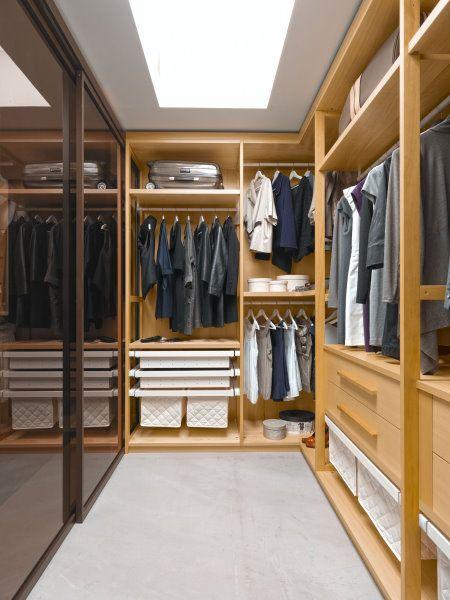 Oltre 25 fantastiche idee su armadio angolare su pinterest - Interni per cabine armadio ...