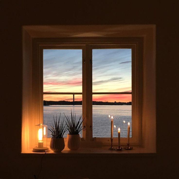 Last night's back office offered this view #ekensdal #saltsjön #solnedgång #sunset #visitstockholm