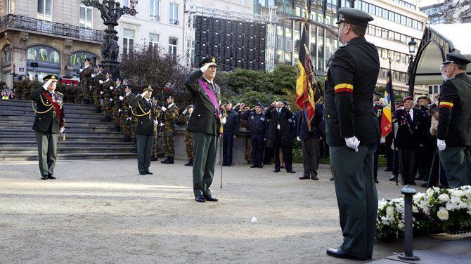 In België en Frankrijk wordt elk jaar op 11 november wapenstilstand herdacht. Dat gebeurt door het plaatsen van een bloemenkrans door de staatshoofden bij het graf van de onbekende soldaat, zowel in Brussel als in Parijs.