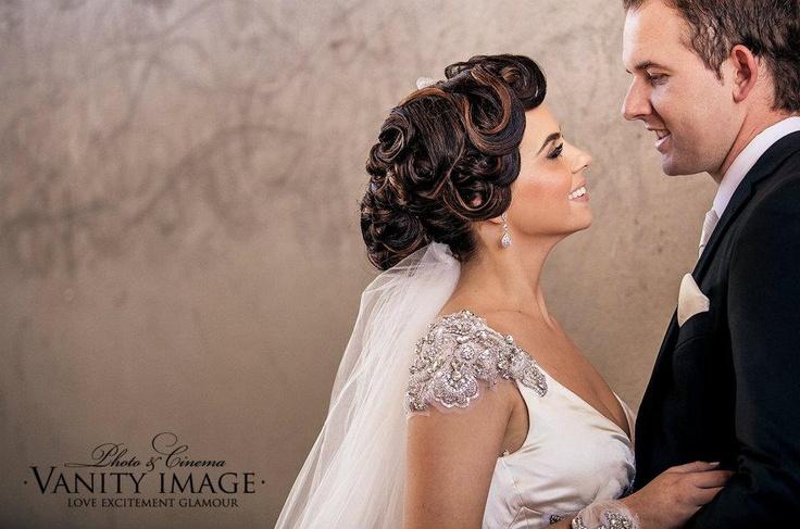 vintage hair- Peta Winter Bridal Hair