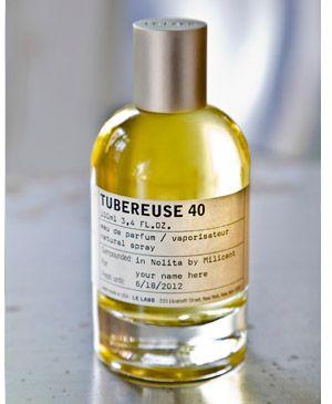 Tubereuse 40…ルラボのシティエクスクルーシブシリーズのニューヨークの香り。一応一本使い切ったっけ。シティシリーズは高いし、無意識ながら男女兼用からメンズよりの香りが好みなのでリピートは今のところないとは思うけど、思い出はある。