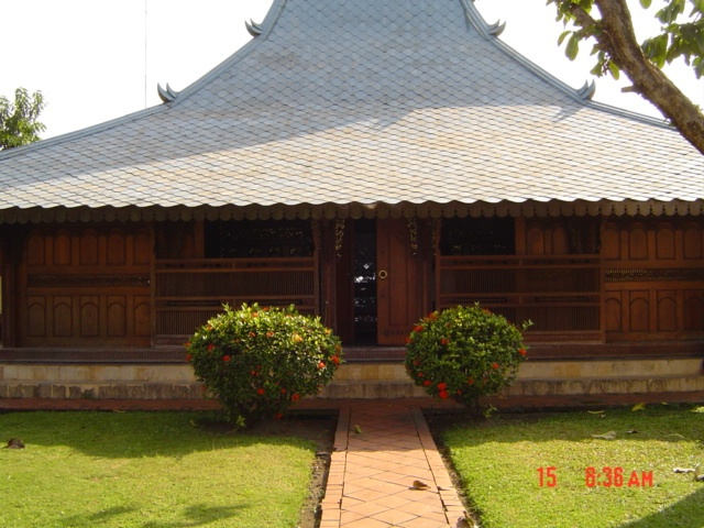 east javanese traditional house