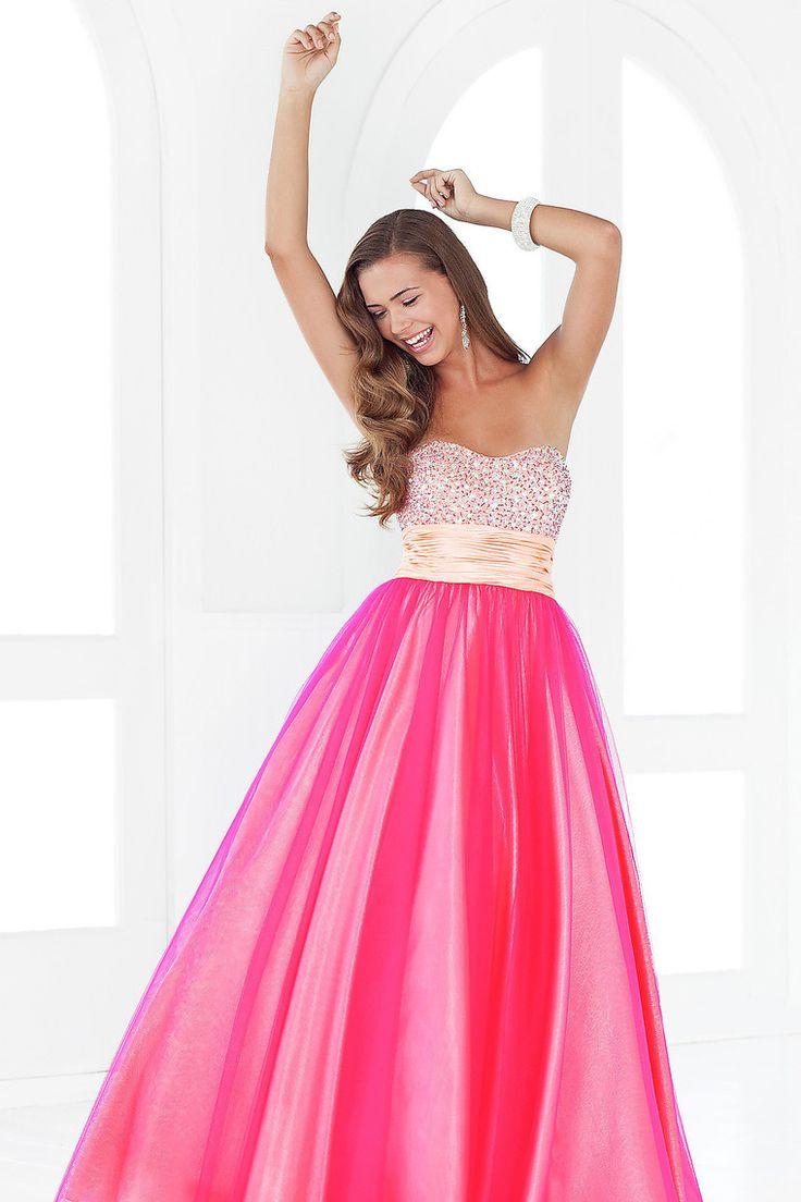 95 best prom dresses images on Pinterest | Ballroom dress, Cute ...
