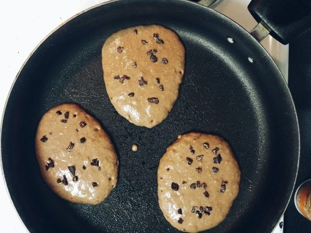 Double Chocolate Chip Banana Protein Pancakes recipe is very macro-friendly and a huge portion! Can be made gluten free. Vegetarian, high protein, low fat and super quick and easy to make! Buildingbri.com