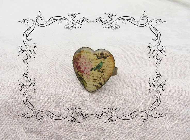 Love letter - Vintage style ring with heart head. Com with me for a little nostalgi. :)