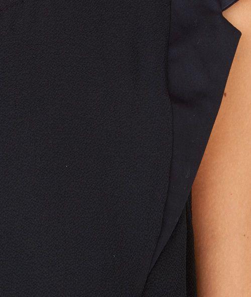 http://www.etam.com/pret-a-porter-tops-t-shirts-sans-manches/top-sans-manches-a-col-rond-647878007.html